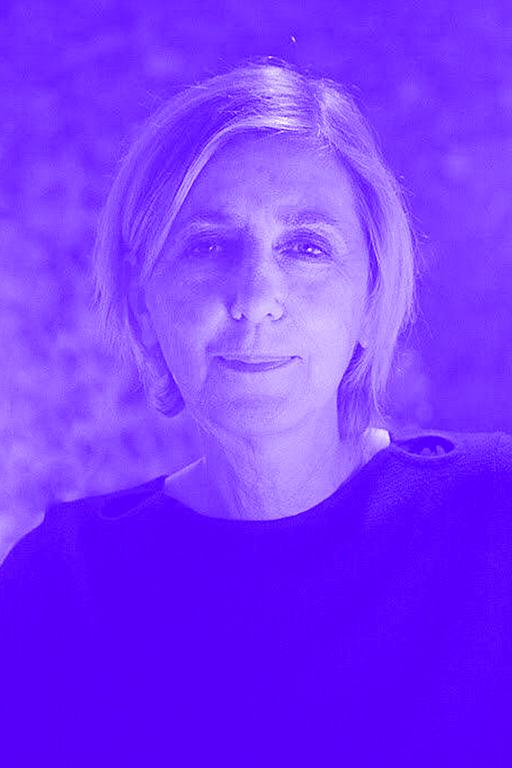 6 Mariola Peretti